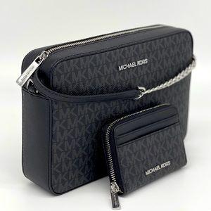 Michael Kors EW Crossbody Bag & Case Card …
